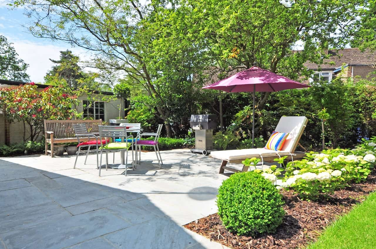 5 Unique Ways to Make Your Yard More Inviting